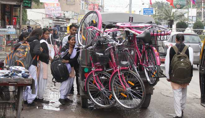 Ahead of poll, bicycles distributed