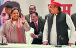 Akhilesh, Mayawati seal deal for Lok Sabha polls; SP to contest 37 seats, BSP 38