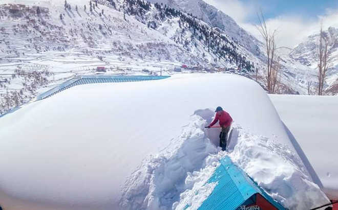 Snow-clearing operation on Leh NH soon
