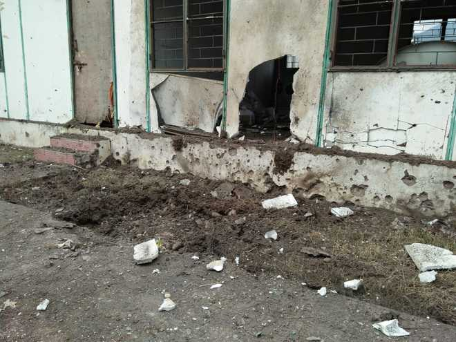 Poonch LoC trade centre damaged in Pak shelling