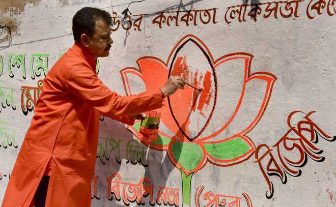BJP goes on offensive, it's long road ahead for Cong