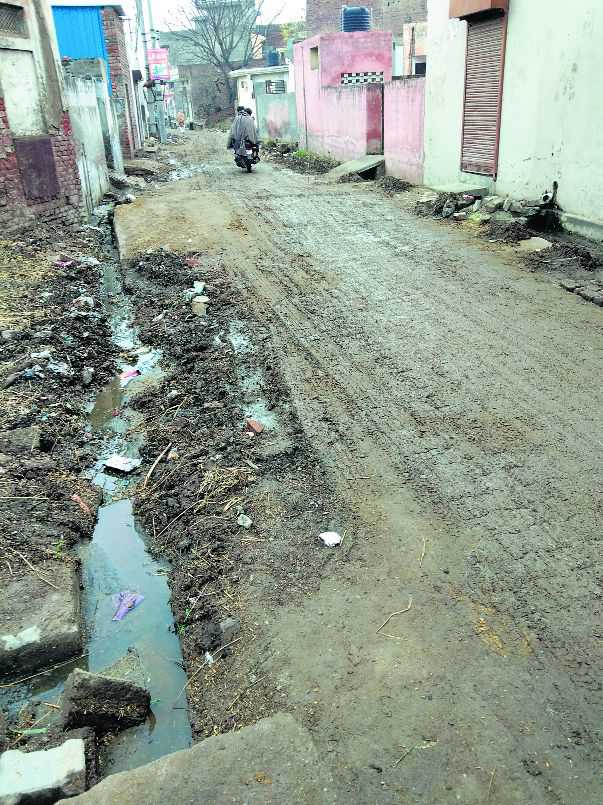 Even two CMs could not help this neglected Kaithal village