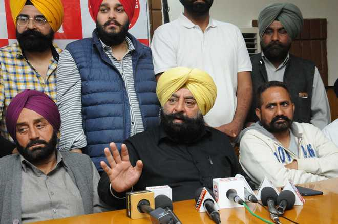 Former MLA Makkar cornered by Akali leadership