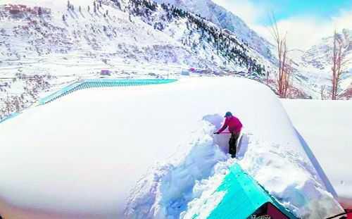 Lahaul-Spiti's bitter snowy winter