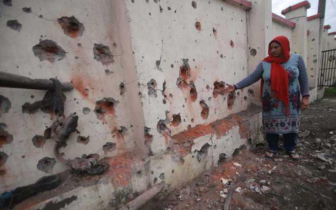 Pak army again shells Sunderbani, Akhnoor