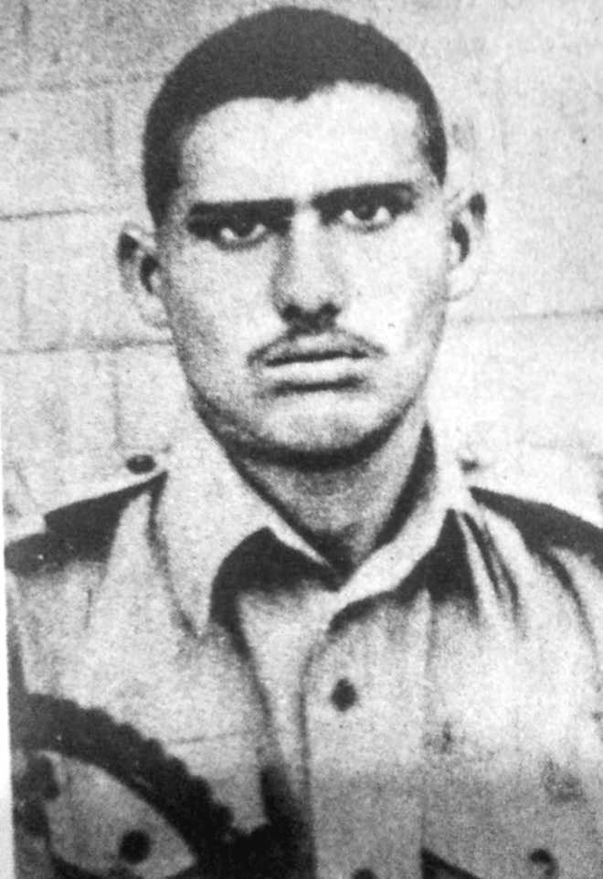 L/Nk Hoshiar Singh — Man with steely courage