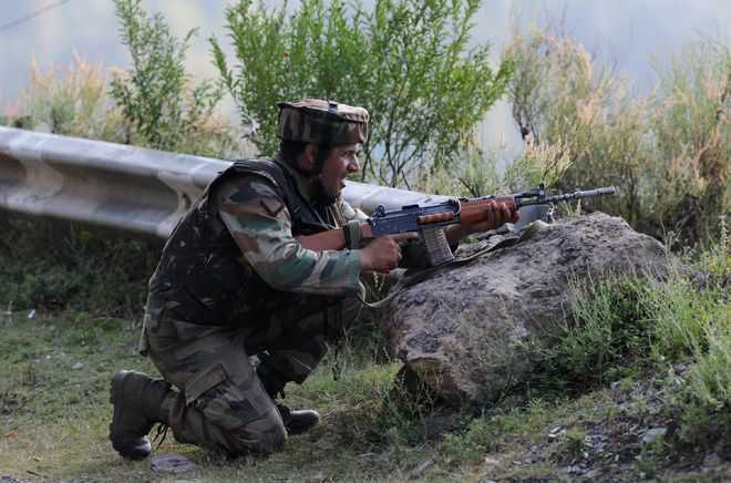 Soldier killed as Pak army violates ceasefire along LoC in Poonch