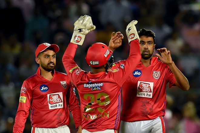 Gayle's fifty hands Kings XI 14-run win over Rajasthan as Ashwin sparks controversy in IPL