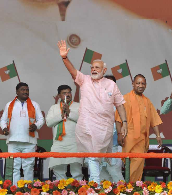 Wave for 'mazboot' govt: PM