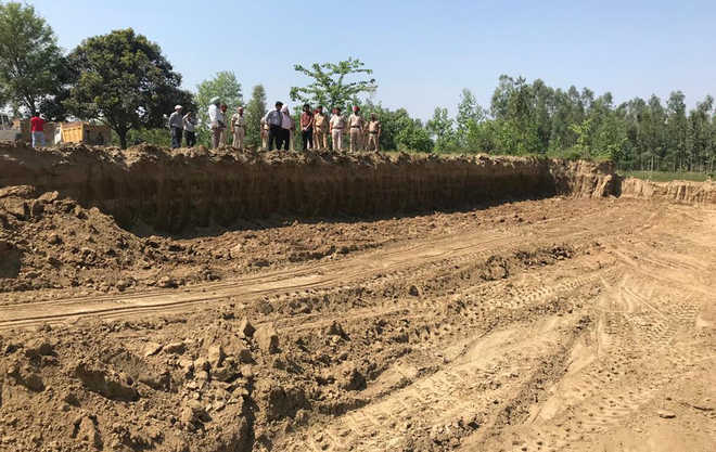 Illegal mining at Bhagowal village; three tippers seized, 5 booked
