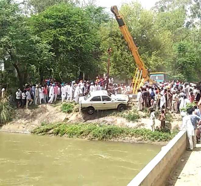 Four youths drown as car falls into Gang Canal