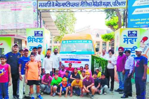 Government school starts free bus service for students