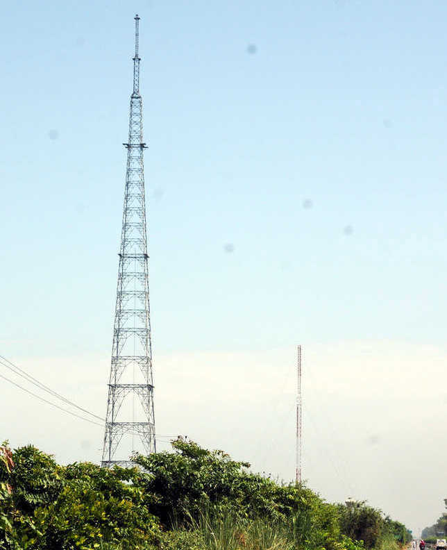 Tilted radio tower yet to be rectified