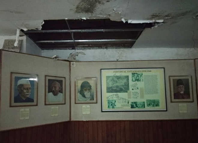 Freedom fighters' portraits struggle to live on