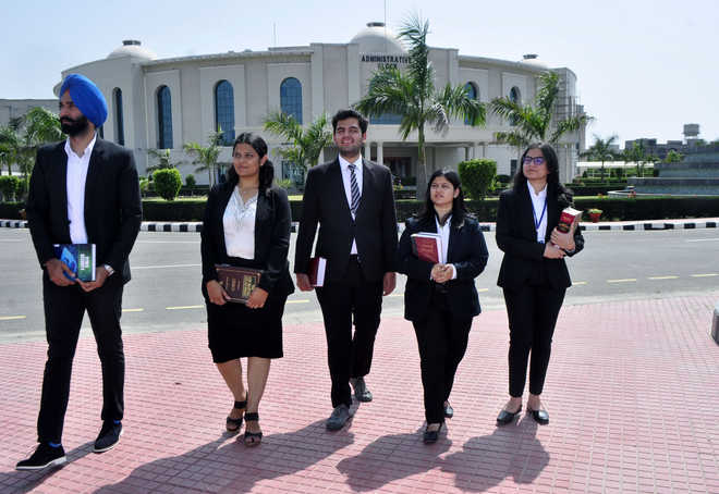 Foot soldiers of legal system