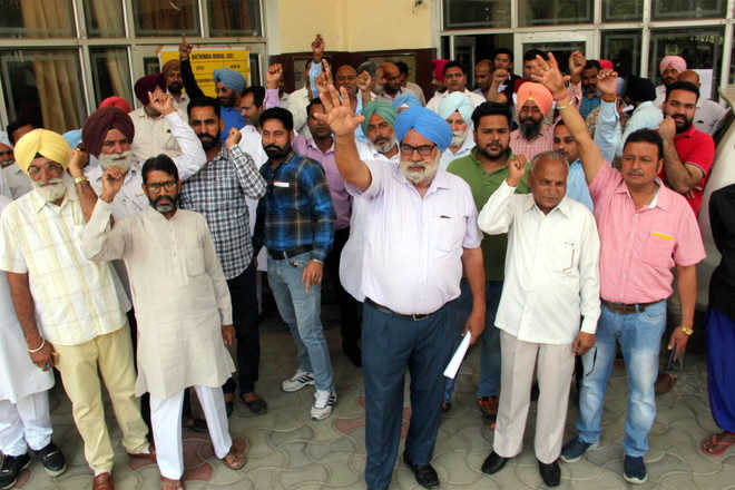 Plot owners accuse PUDA of harassment