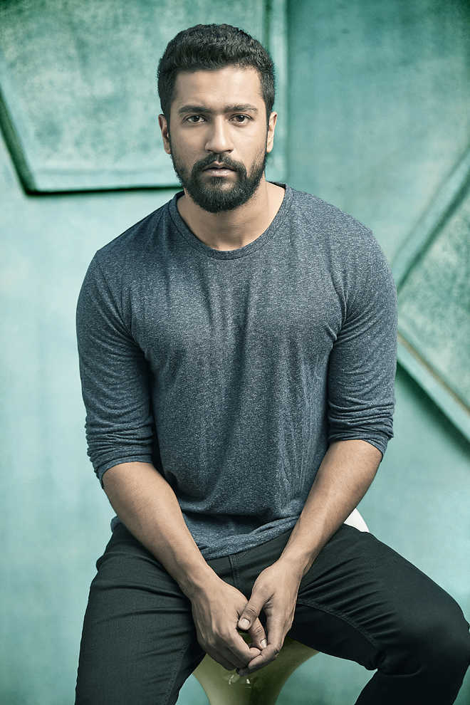 Actor Vicky Kaushal injured on film set in Gujarat