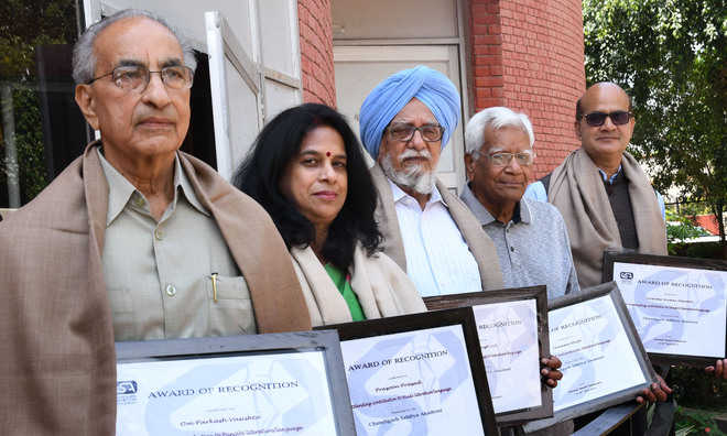 Sahitya Akademi honours writers