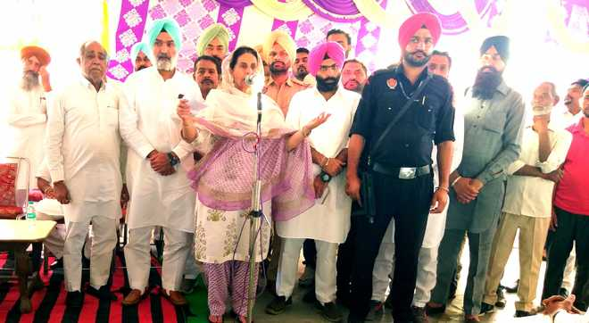 People fed up with BJP, pining for change, says Preneet