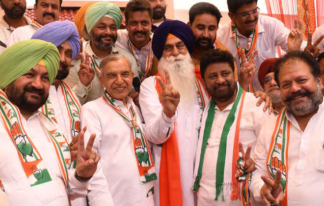 Former city SAD president among two join Congress
