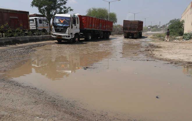 Transport Nagar cries for basic amenities
