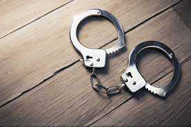 3 held for obstructing on-duty cops