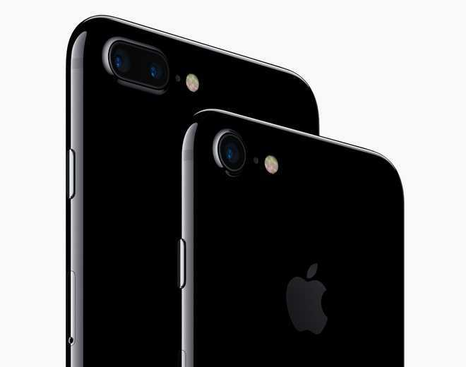 iPhones to sport 3-camera setup, 12MP selfie shooter