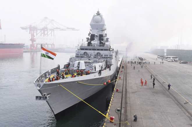 Indian warships arrive in China for naval parade