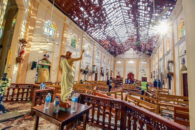 Curfew lifted a day after Sri Lanka was rocked with multiple blasts