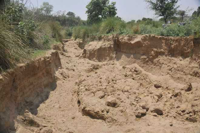 Promise to check illegal mining, get votes: Villagers