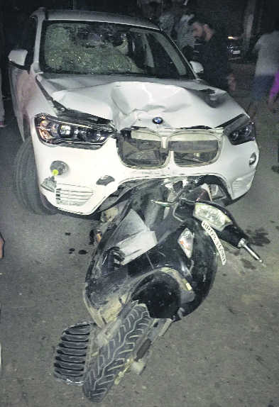 BMW car drags Activa for 50 metres, 2 delivery boys hurt