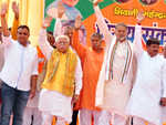BJP poster boy Khattar steps  up attack on 'corrupt' Cong