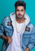 'Sonakshi should stop singing'