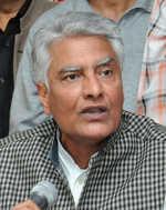 Jakhar in firefighting mode as teachers plan protest