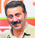 Sunny Deol to take out roadshow, file papers from Gurdaspur on April 29