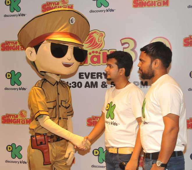 BSF soldiers give life lessons to children through 'Little Singham'
