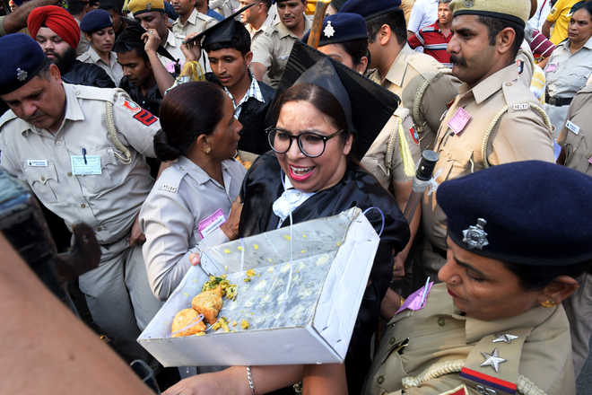 Students detained for selling 'Modi pakodas' near PM's rally venue in Chandigarh 2019_5$largeimg14_Tuesday_2019_223444998