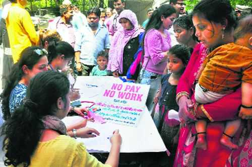 Hindu Rao doctors go on strike; seek Prez's permission for mass 'suicide'