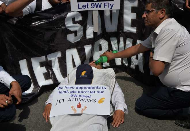 Jet Airways' employees hold protest outside Civil Aviation Ministry, demand revival of airline