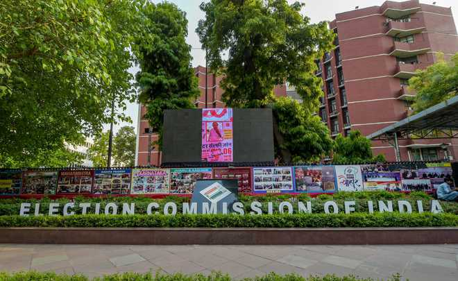 EC rejects by 2-1 vote Lavasa's demand to record dissent note in its orders