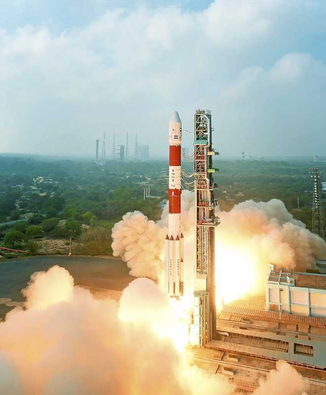 India launches Earth-watching satellite, can penetrate clouds