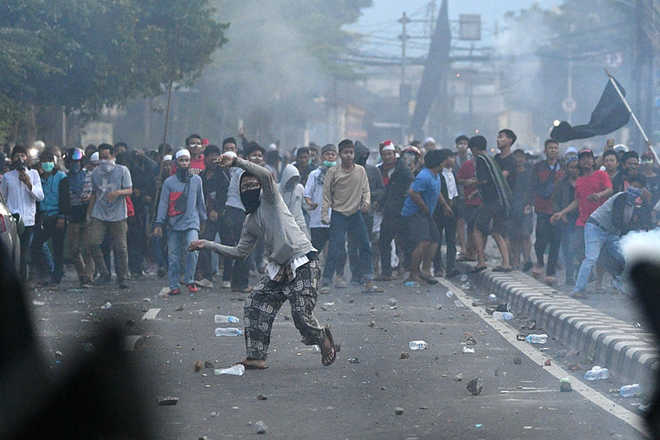 6 die, protests swell as Indonesia plunges into post-election unrest