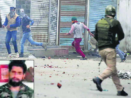 Curfew imposed, tension in Valley over Musa killing