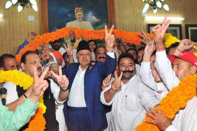 Despite win, Modi can't scrap 370 : Farooq