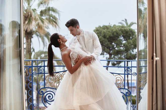 Nick Jonas to Priyanka Chopra on 'first date anniversary': Honoured to be your husband
