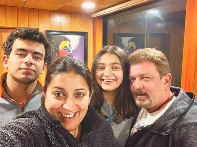 Smriti Irani shares family picture celebrating Amethi win; read Twinkle Khanna's comment
