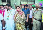 Punjab: Congress leading on 8 seats; SAD, BJP on two each