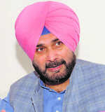 Sidhu may lose Local Bodies for 'poor' Cong show in cities