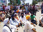 Protest over manhandling of tipper driver from Punjab