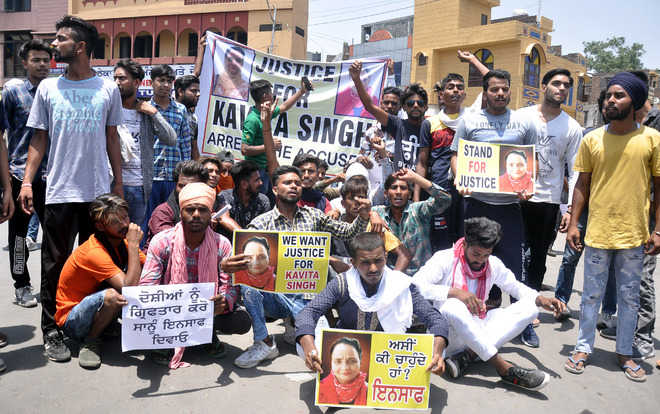 Suicide victim's kin protest, seek arrest of 'perpetrator'
